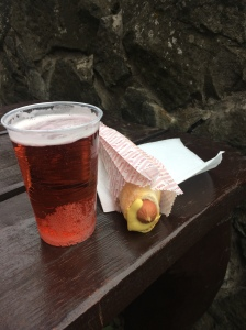 Hot dog and raspberry beer <3